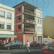 El edificio, actualmente con las obras paradas, se encuentra en la calle Escalera, esquina Moreno.
