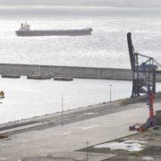 Vista de las instalaciones portuarias en Caneliñas