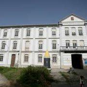 Imagen de la fachada del Sánchez Aguilera, donde los trabajos están paralizados desde enero.