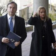Ricardo Pérez y la abogada Rocío Beceiro a su llegada a los juzgados de Santiago por el caso de Asunta Basterra | archivo - Diario de Ferrol - EFE - Óscar Corral